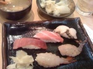 100411sushi2.jpg